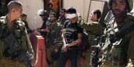 الاحتلال يعتقل 17 مواطنًا بمداهمات في الضفة