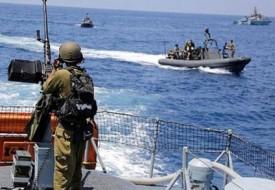 بحرية الاحتلال تحاصر مراكب صيادين في عرض بحر السودانية شمال القطاع