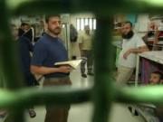 """إسرائيل تفرج عن سجينين أحدهما """"جنرال الصبر"""""""