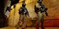 """انتشار مكثف للجيش الإسرائيلي بالخليل للبحث عن منفذ عملية """"عراد"""""""