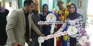 بالصور.. مجلس الشباب بمحافظة الوسطى يزور أطفال مستشفى شهداء الأقصى