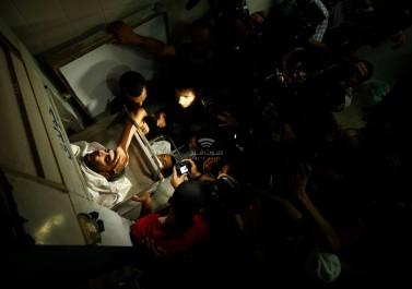 ستة شهداء بينهم امرأتين وطفل في قصف إسرائيلي لمنزل في دير البلح