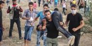 الاحتلال يصيب متظاهرًا بعيار ناري في الرقبة شرقي خانيونس