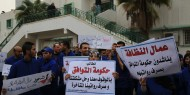 بالفيديو.. توقف إجراء العمليات الجراحية بمستشفيات غزة جراء إضراب عمال النظافة