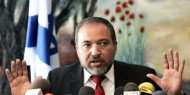 """نشر قائمة أسماها """"العار"""".. ليبرمان: اسرائيل استسلمت لحماس"""