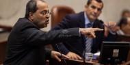 الطيبي: نتنياهو يسعى إلى جر النظام الإسرائيلي لانتخابات ثالثة