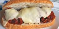 ساندويش اللحم الإيطالي
