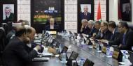 عباس يقبل استقالة حكومة الحمدلله .. وحماس تعقب