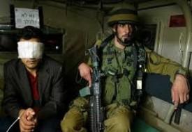 جيش الاحتلال يعتقل عدد من المواطنين ويستدعي 6 آخرين في الضفة الغربية