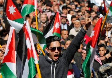 اختطاف رجل أعمال أردني وابنه جنوب افريقيا .. والخارجية: نتابع الحادث