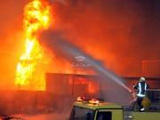 شاهد: اندلاع حريق هائل في مصر بسبب أنبوب مواد بترولية