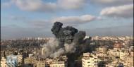 بالصور.. رداً على قنص جندي: شهيد وإصابات بقصف إسرائيلي على غزة