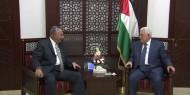 قيادي فتحاوي يكشف تفاصيل لقاء الرئيس عباس بوفد المخابرات المصرية أمس