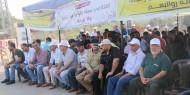 """بالفيديو: وقفة احتجاجية لموظفي السلطة المقطوعة رواتبهم أمام حاجز """"إيرز"""""""
