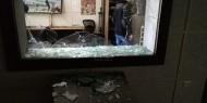 """صوت فتح"""" يرصد ردود الافعال عقب اقتحام مقر تلفزيون فلسطين بغزة وتحطيم محتوياته"""