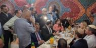 بالفيديو والصور.. غضب شعبي ورسمي عارم تجاه رجل اعمال يجهر بالخيانة العظمى لفلسطين