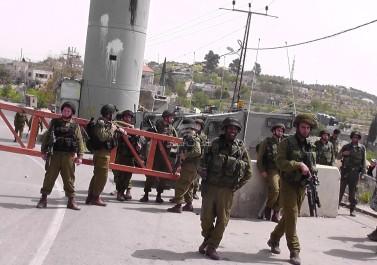 الاحتلال يزعم احباط محاولة طعن بالقرب من الحرم الإبراهيمي