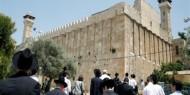 مستوطنون يؤدون طقوسًا تلمودية داخل المسجد الإبراهيمي
