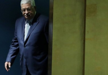 مستشرقة إسرائيلية تشرح أسباب تراجع الرئيس عباس بملف أموال المقاصة
