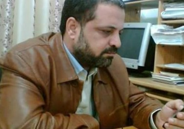 أعلن إضرابه عن الطعام :  الأجهزة الأمنية تُمدّد اعتقال المحاضر الجامعي عبد المنعم عبيد 15 يوماً