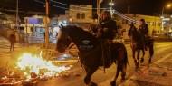 قوات الاحتلال تعتدي على الشبان في منطقة باب العامود