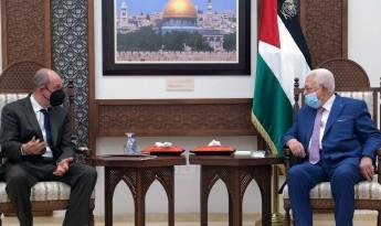 قناة عبرية: السلطة الفلسطينية طلبت من أمريكا الضغط على الدول العربية لاستئناف مساعداتها