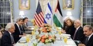 صحيفة عبرية تكشف عن (8) أسباب تستبعد عودة المفاوضات الفلسطينية الإسرائيلية