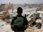 القدس: جيش الاحتلال يهدم مغسلة سيارات في صور باهر