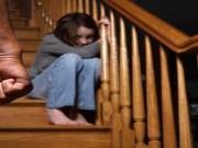 بعد تجرده من مشاعر الإنسانية.. شاب يغتصب طفلة عمرها 3 أعوام
