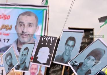 """قناة عبرية: وفد إسرائيلي إلى القاهرة لبحث قضية """"صفقة تبادل الأسرى"""""""
