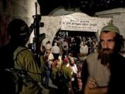 اصابة جنديين .. نابلس: مواجهات وتبادل إطلاق نار باقتحام لقبر يوسف