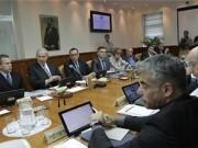 اجتماع متوتر لمناقشة فرض إغلاق كامل في إسرائيل واتهامات بين الليكود وأزرق ابيض